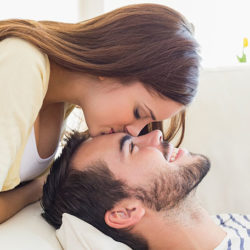 How to Seduce a Beautiful Women at First Date