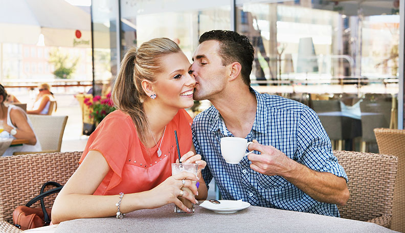How to Meet Women Ready to date & casual Encounter ?