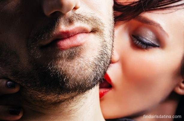 Which Online Casual Dating Service is Right For Me to Meet Girls?